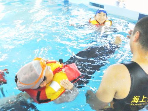 着衣泳法5.jpg